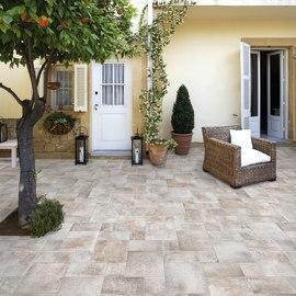 Pavimenti in gres porcellanato per esterni prezzi e for Pavimenti da esterno leroy merlin