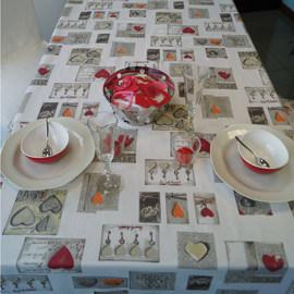 Tovaglia cotone resinato Cuori rosso 160 x 140 cm