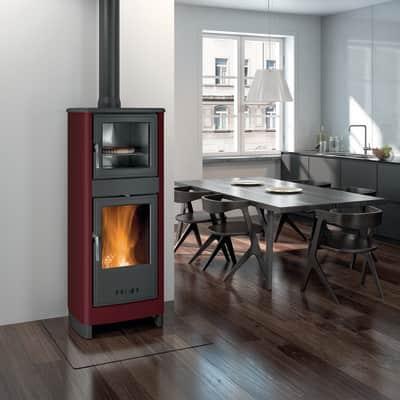 Stufa a legna con forno Savina 8 kW bordeaux