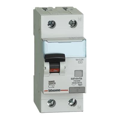 Interruttore magnetotermico differenziale BTICINO GN8814AC32 1 polo 32A 6kA 300mA AC 2 moduli 220V