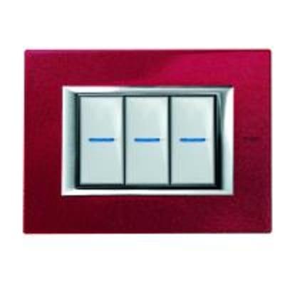 Placca 3 moduli BTicino Axolute rosso china