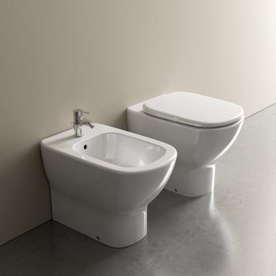Sanitari Filo Muro Ideal Standard.Vaso A Pavimento Filo Muro Ideal Standard Mood Scarico Traslato Con